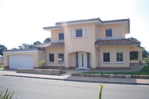 Einfamilienhaus neubau mit garage  N+K Planungs- und Ingenieurbüro
